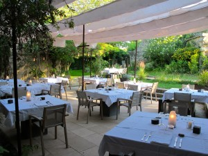 Le restaurant l'Artemise à Uzès
